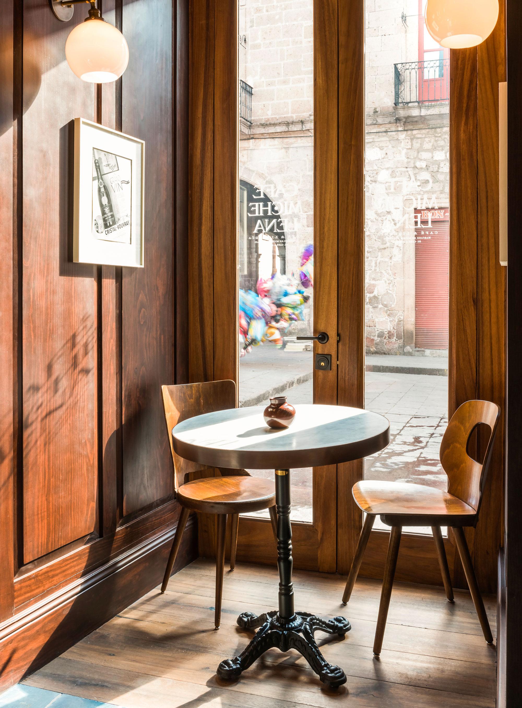 luis_laplace-Cafe_Michelena_Morelia-5