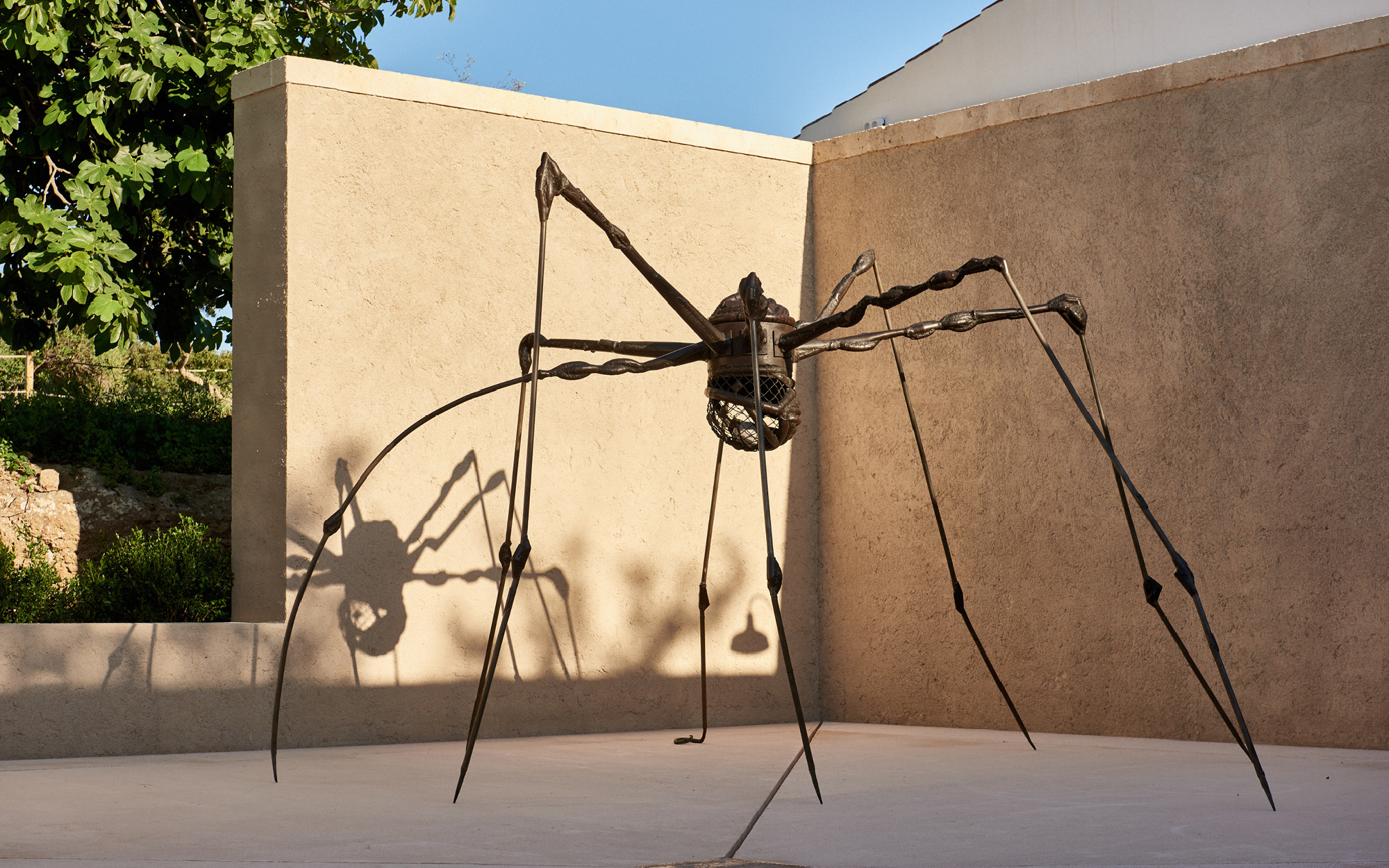 'Spider' (1994) by Louise Bourgeois on Hauser & Wirth Menorca © The Easton Foundation / DACS Courtesy The Easton Foundation and Hauser & Wirth © Daniel Schäfer